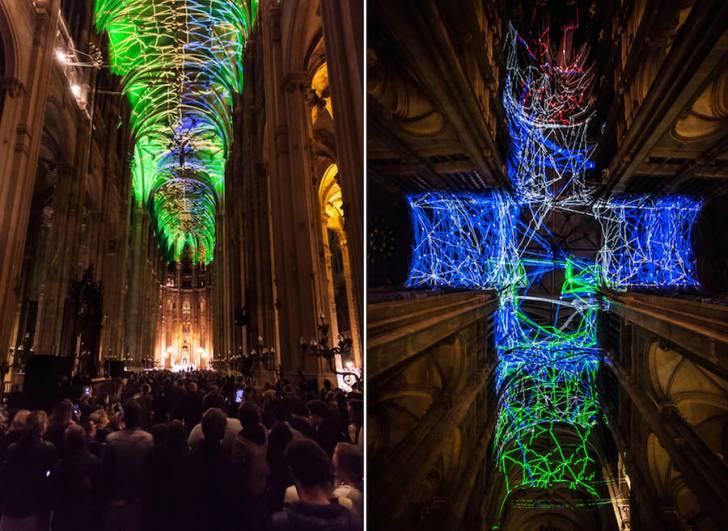 Paris'teki Bir Kilise Tavanında Görsel Gerçeklikle Oluşturulmuş Müthiş Gökyüzü