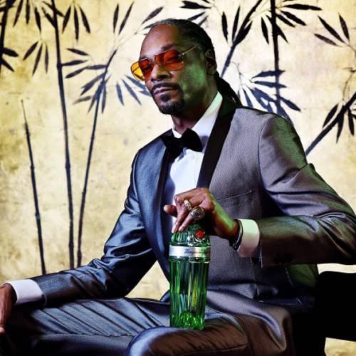 Snoop Dogg'un, çıktığında Türkiye'de bile listeleri alt üst edip 1 numaraya yükselen parçası