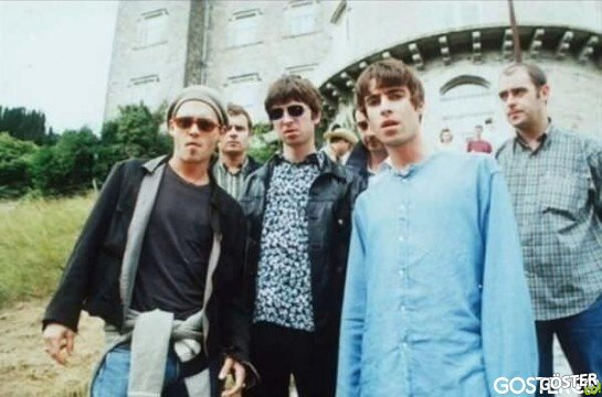 A young Johnny Depp with Oasis