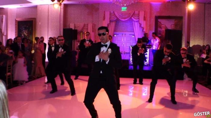 Düğün Gecesi, Damat ve Arkadaşlarının Dans Kareografisi