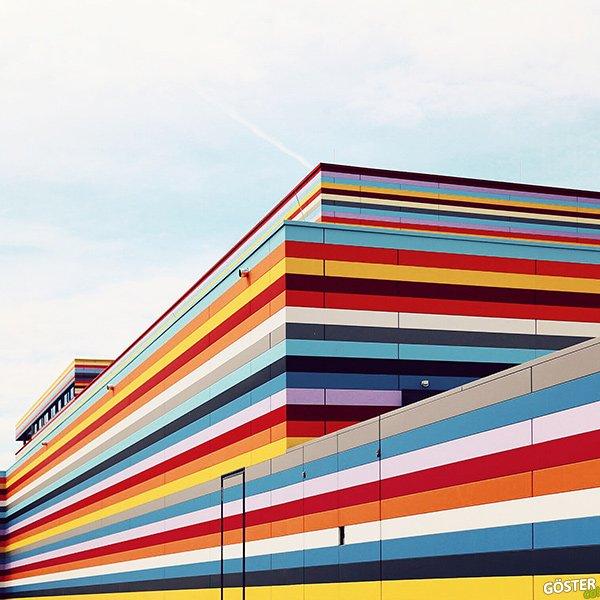 """Sebastian Weiss'ten mimari estetiğine hayran kalacağınız """"çizgileri ön planda binalar"""" fotoğraf serisi"""