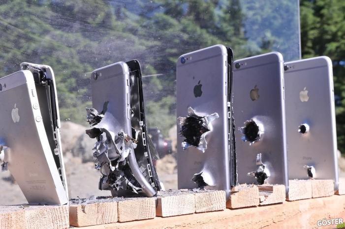 Bir AK-74 Kurşununu Durdurabilmek için Gereken iPhone Miktarı