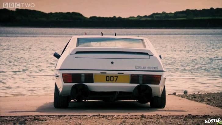 James Bond Arabalarının 50 Yılına Özel: James Bond Usulü Araba-Denizaltı