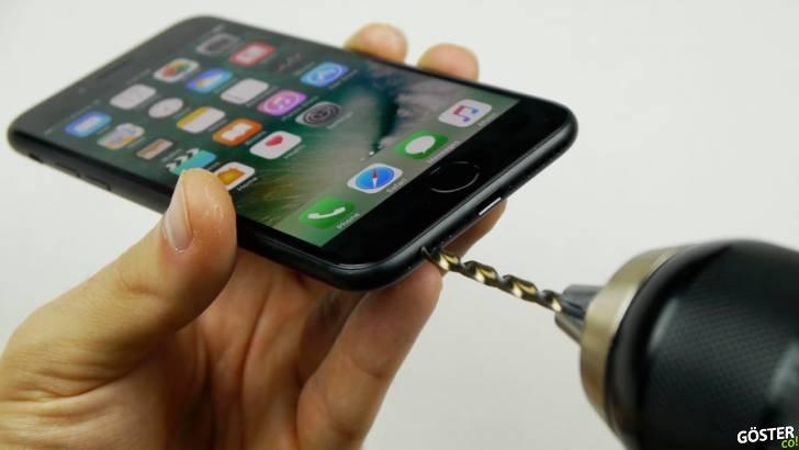 iPhone 7'ye 3.5mm Kulaklık Girişi Açma Yöntemi (Parodi)