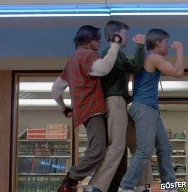 80'lerin Filmlerinden Dans Sahneleri Kesilerek Oluşturulan Muazzam Klip