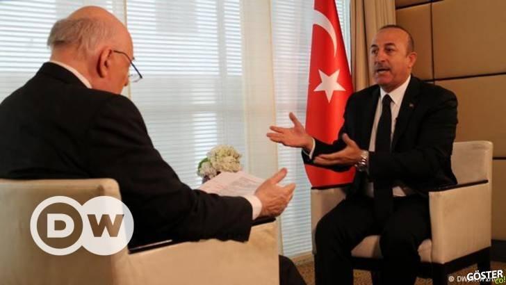 Mevlüt Çavuşoğlu, Conflict Zone'da Alman Gazetecinin Soruları Yanıtladı (Büyük Tartışma)
