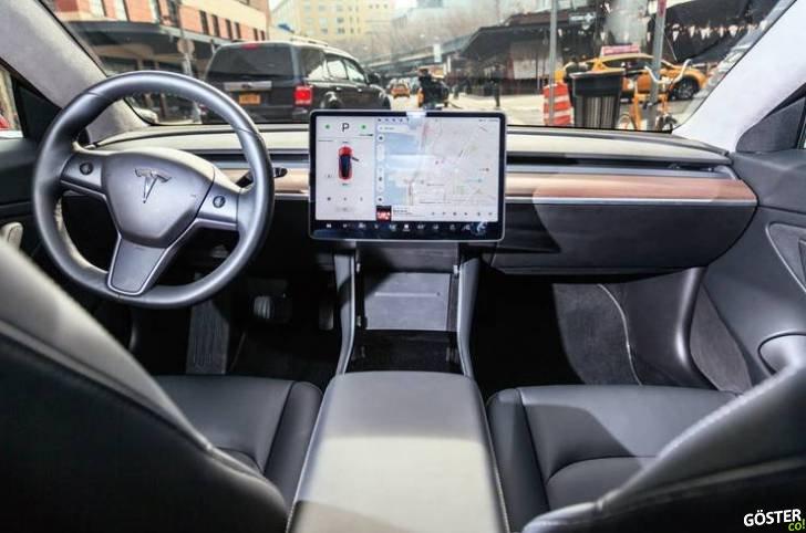 Tesla Model 3'ün İlk Türkçe Video İncelemesi