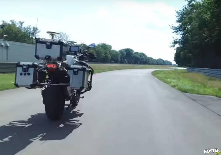 BMW'nin 2 Yıldır Geliştirdiği Sürücüsüz Motorsiklet