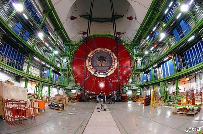 """CERN'de aslında neler oluyor ve """"Büyük Hadron Çarpıştırıcısı"""" denen mıknatıs nasıl çalışıyor?"""