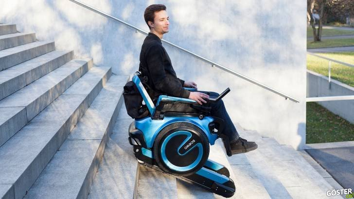 Merdivenlerden yukarıya, yardıma ihtiyaç duymadan çıkabilen güvenli tekerlekli sandalye