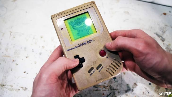 Orijinal Gameboy'u restore etmek: Tertemiz yapıp, çalışır hale getirmiş ve fabrika çıkışlı haline döndürmüş (Şaşırtıcı derecede güzel)