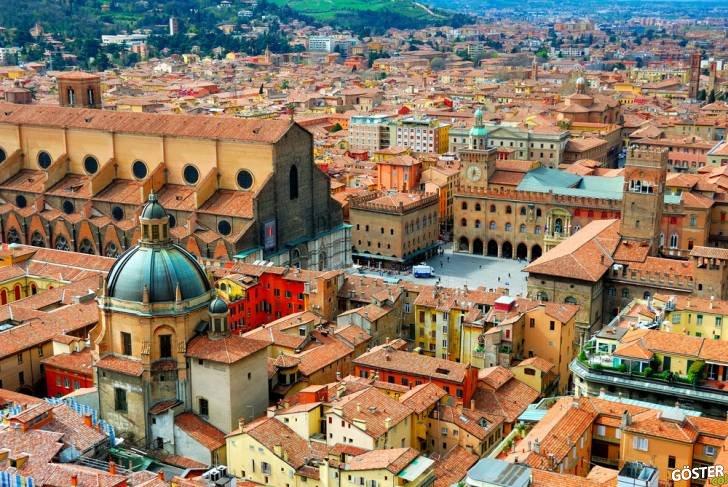 Ayhan Sicimoğlu ile İtalya'nın en güzel şehirlerinden biri olan Bolonya'yı gezin