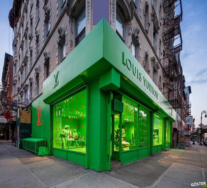 """New York'taki """"içi dışı bir"""" neon yeşili Louis Vuitton dükkanı"""
