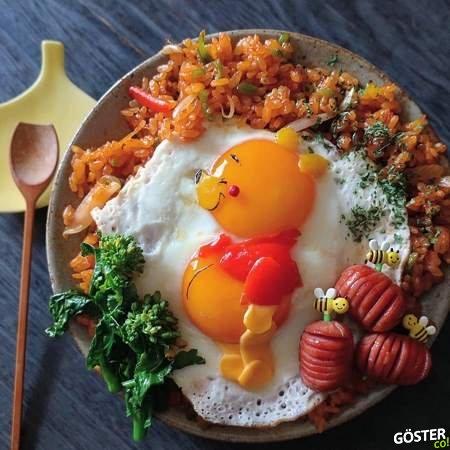 Japon yemek sanatçısından, yumurtalardan çizgi film karakterleri