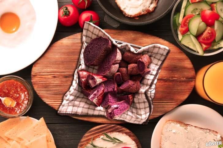 Kahvaltılar renklendi: Mor ekmekten sonra şimdi de mor simit ve poğaça sofralarda